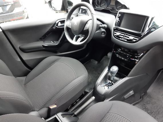 Peugeot 208 Active 1.2 PureTech 110k EAT6