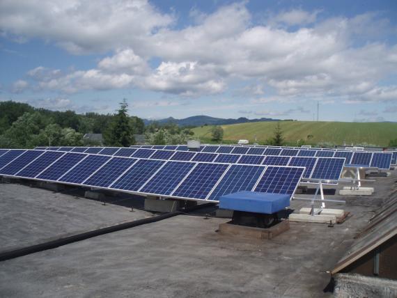 Strešná fotovoltaická elektráreň 99,84 kWp